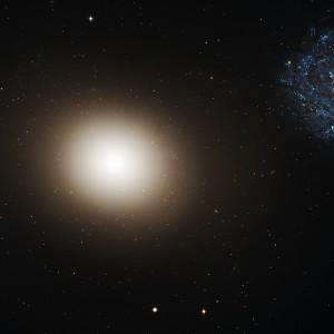 Самая плотная галактика в ближней Вселенной M60-UCD1