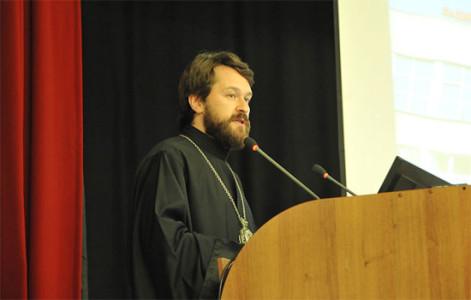 Митрополит Волоколамский Иларион читает лекцию в МГИМО