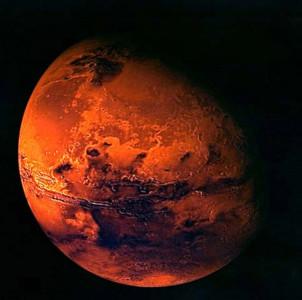 1058 людей смогут посетить Марс