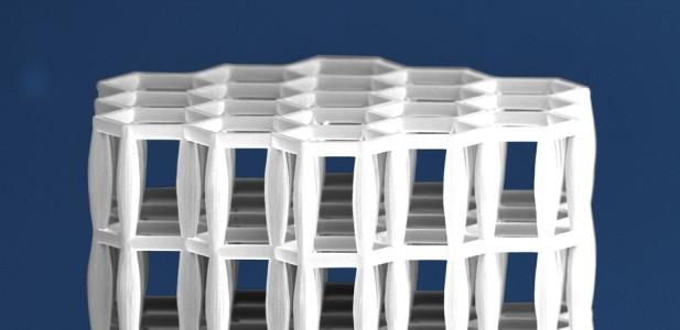 Создан новый полимерный материал, который легче воды, но плотнее стали