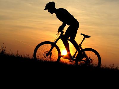 Вибрирующий навигатор показывает велосипедистам путь