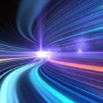 Физики нашли новый способ замедлить скорость света